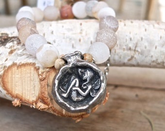 fairy tale stretchy bracelet featuring Princess Gia