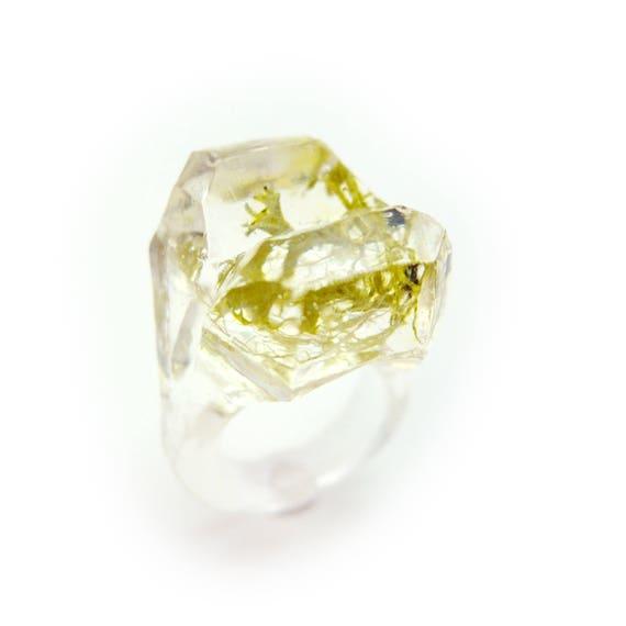 Terrarium Resin Ring • Eco Resin Moss Ring • Nature Jewelry • Terraium Jewelry • Geometric Terrarium Ring • Botanical Jewelry • Hippie Ring