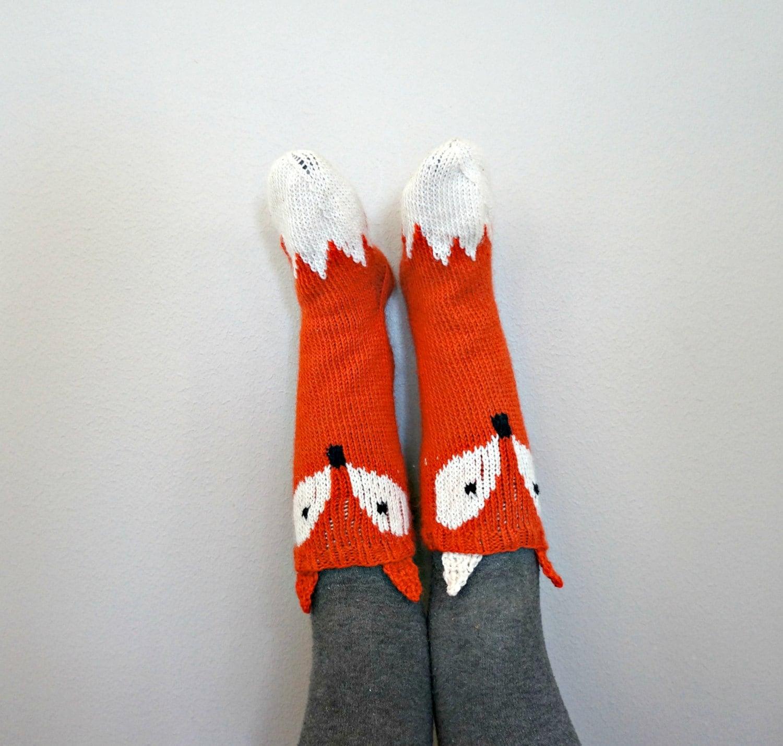 KNITTING PATTERN - Little Foxy Socks
