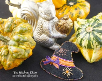 TSK03P Spider and Web Witch Hat Hand Embroidered Ornament/Brooch Digital Pattern