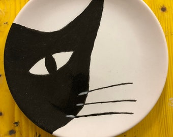 "Flat ""half cat snout"" hand painted"
