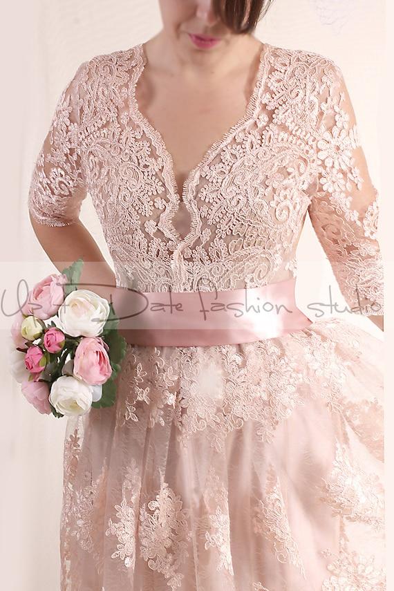 Plus size lace short blush pink wedding party lace dress for Short blush pink wedding dresses