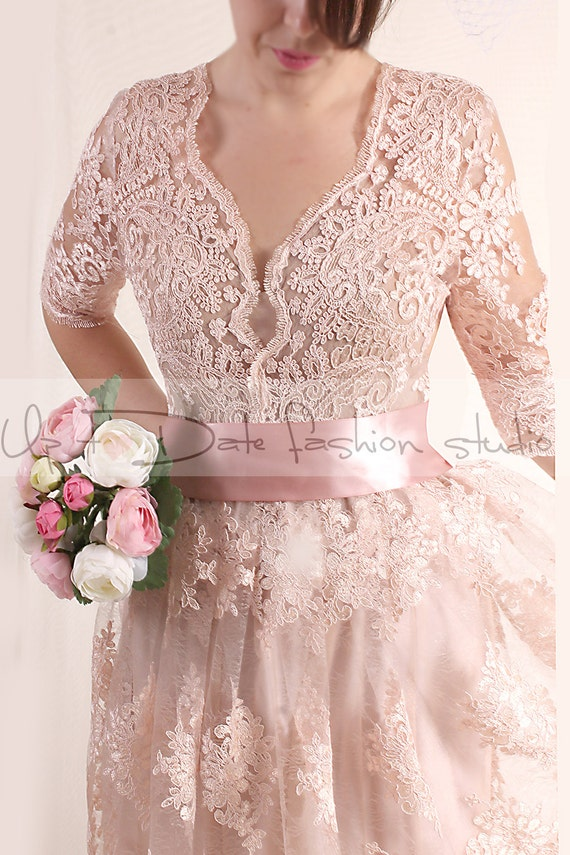 Plus Size Lace Short Blush Pink Wedding Party Lace Dress