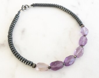 Amethyst hematite bracelet, gemstone beaded bracelet, purple grey stone bracelet, dainty gemstone bracelet, minimal bracelet, modern jewelry