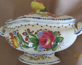 Nova Rose Majolica Italian tureen, with cover and platter.  Beautiful blue dot dash pattern.