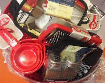 basic kitchen basket