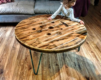Reclaimed wood coffee table / Cable reel spool / Verdigris patina hairpin legs