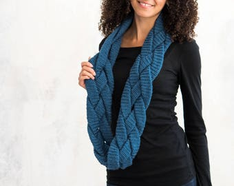 Crochet Pattern ~ Braided Infinity Scarf ~ Crochet Pattern