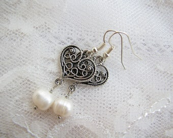 Heart earrings Pearl earrings Filigree earrings Minimalist earrings Romantic earrings Elegant earrings Simple earrings Girl gift for women