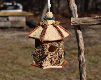 Squirrel Resistant Edible Birdhouse | Gazebo | Birdfeeder
