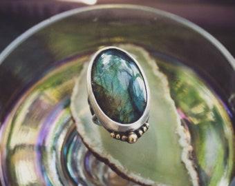 Labradorite Sterling and 18k Gold Ring, Sterling Silver Flashy Labradorite Ring, Handmade Ring, Flashy Gemstone Ring, Mixed Metal Ring