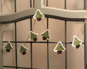 Crochet, christmas tree bunting, garland, xmas decoration, rustic bunting, secret santa, festive garland, gift, present, bunting