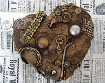 Steampunk heart shaped jewelry chest