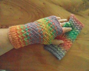 Fingerless mittens, lovely 100% premium wool, oh so colorfull