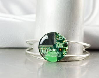 Recycled Circuit Board Bracelet Green, Circuit Board Jewelry, Engineer Gift, Cyber Punk Bracelet, Wearable Technology, Geek Engineer Gift