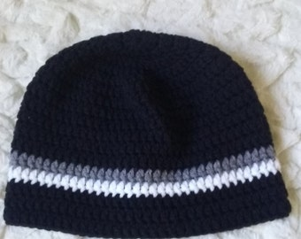 Men's beanie hat in black with gray and white stripes