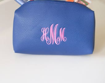 Monogram Make Up Bag | Cosmetic Bag | Travel Case | Vegan Leather | Personalized Gift for Her | Bridesmaid Gift | Macon | Mother's Day Gift