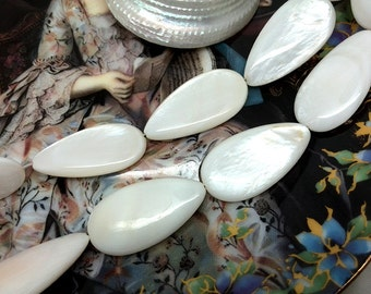 1 Strand 13pcs 30x15mm Fresh Water Mother of Pearl Tear Drop Beads Shell Beads