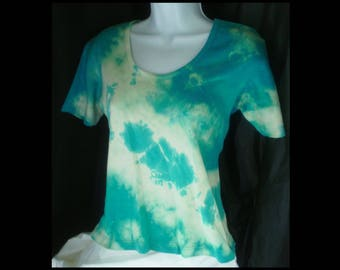 Acid washed medium shirt Maggie Lawrence blouse bleached top acid wash blue green white sea water NOT tie dye tee t-shirt (shirt no. 138)