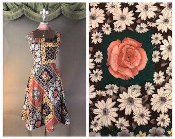 1970s dress vintage 70s CORAL ROSES PRINT handkerchief print green brown rust cotton full skirt dress