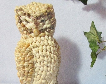 Conch Shell Owl, Vintage Owl, Hand Made in Philippines
