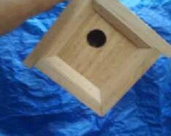 B5 Diamond Birdhouse