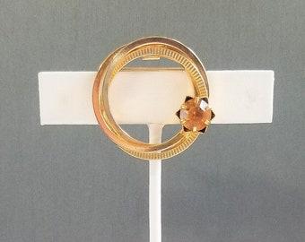 Vintage Circle Brooch with Citrine-colored Rhinestone
