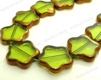 14mm Peridot Green Flower Glass Beads - 10pcs - Floral Beads, Flower Shaped Beads - Bronzed Copper Edges - BN34