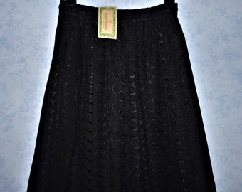 SACRED THREADS India Black Eyelet Rayon Maxi SKIRT ~ Deadstock Vintage 1990s 90s, Boho, Hippie, Peasant ~ Womens size M ~ Original tags