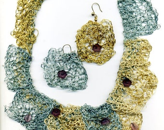 Metallic Thread Knitted Necklace