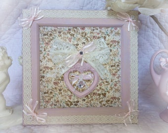 Frame shabby and romantic old rose