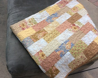 Modern Lap Quilt, Quilts for Sale, Handmade Quilt, Country Quilt, Floral Quilt, Homemade Throw, Patchwork Blanket, Ready to Ship