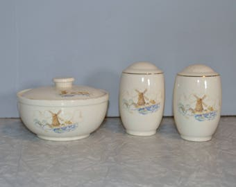 Universal Cambridge Windmill Grease Bowl & Shaker Set of 3