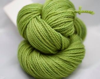 Feline aran - VERT ACIDE - Mérinos superwash aran