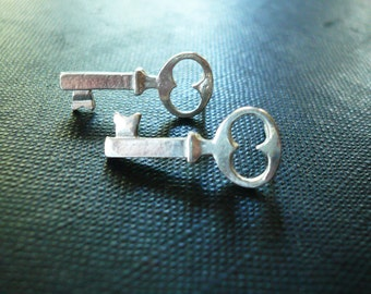 Silver Skeleton Key Earrings - Dainty Sterling Silver Post Earrings, Small Sterling Silver Key Earrings