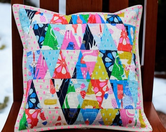 Triangle Beauty Shop Pillow Cover