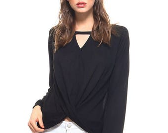 Vaneul Studio's Front Keyhole Long Sleeve Twisted Top