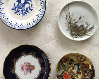 Four ornamental small plates, limoges, Greece and Chinese cloisonne