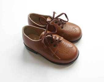 French vintage 70's / kids shoes / brown leather / made in France / new old stock / Size 20 EU / 4,5 US / 3,5 UK