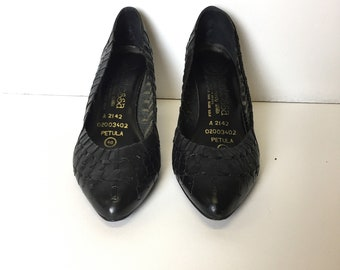Vintage Retro 90s Size 7 Black Lattice Leather Contessa Italian Mid Heel Shoes