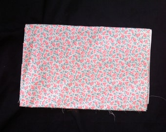"""Vintage Floral Fabric, 44x28.75"""" Vintage Floral Fabric Remnant, Floral Fabric"""