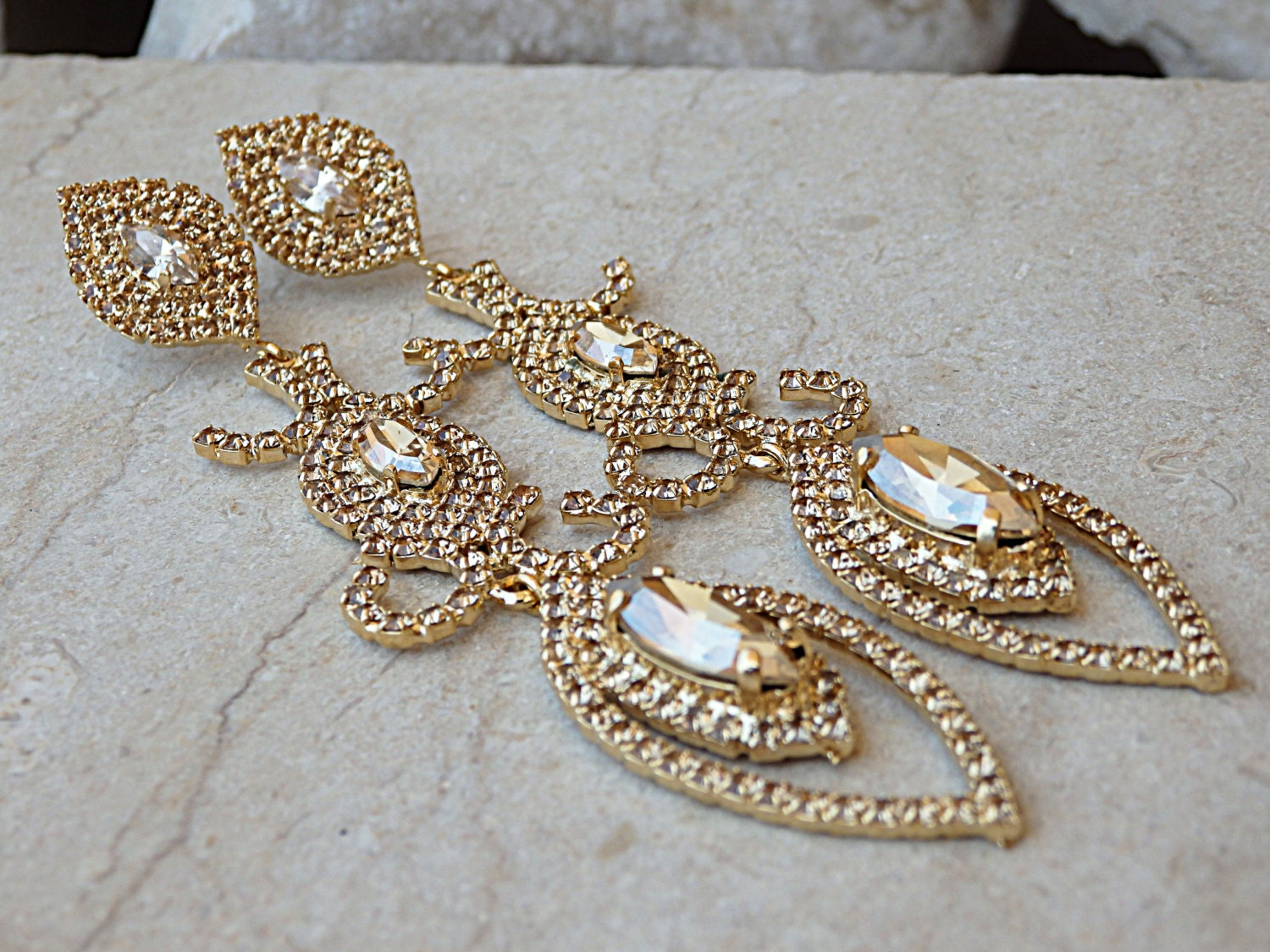 Champagne pageant earrings bridal ornament earrings long zoom arubaitofo Image collections