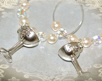 Bride & Groom Wedding Wine Charms. Wedding Favors. Bridal Gifts
