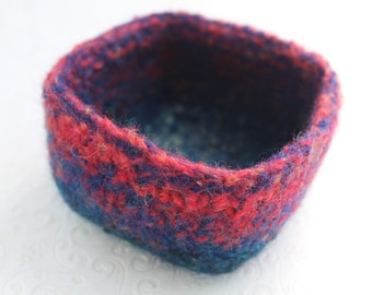 Small Red and Navy Wool Basket, Knit Felt Storage Basket, Boiled Wool Mini Basket, Blue Wool Storage Container, Square Felted Wool Bowl