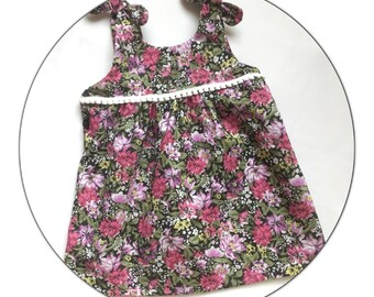 Dress with straps and edging Flora tassels
