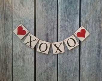 wedding banner, XOXO banner, wedding photo prop, valentines day decorations, love banner, bridal shower decorations, wedding garland