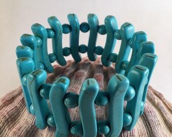 Turquoise howlite wide band stretch statement bracelet, gemstone bracelet, beach boho jewelry, beach wedding, southwestern  cowgirl jewelry
