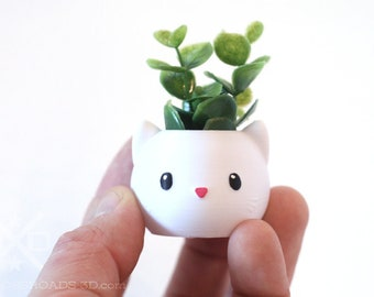 Tiny Cat Planter, Kitty Planter, cat lover gift, cute planter, Animal Planter, happy planter, Succulent planters, toy plant, face planter