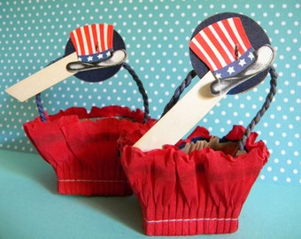 2 Vintage 4th of July Nut Cups Place Settings with Uncle Sam Hat Crepe Paper Party Favors Red White and Blue