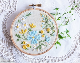 Hand Embroidery Kit, Embroidery Hoop Art, Christmas idea - Blossoming Garden - Diy Kit, Broderie, Hoop Art, Tamar, Modern Hand Embroidery